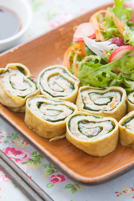 Taiwanese Egg Spinach Squid Roll Recipe