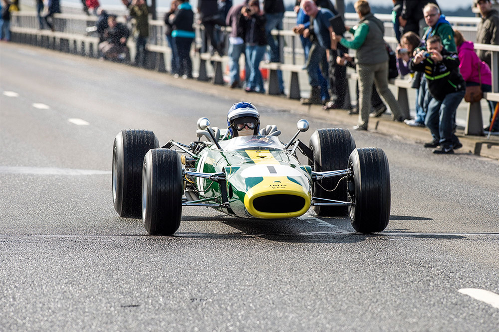 Jim Clark Lotus 32B Forth Bridge Parade