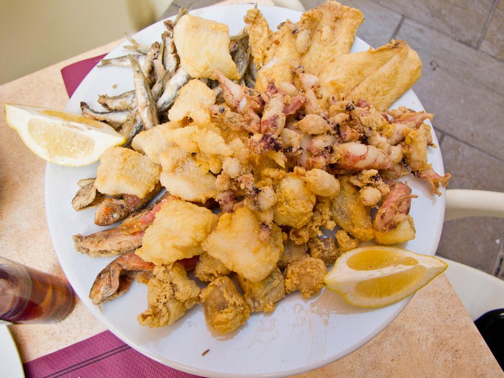 Seafood platter, El Enganche, Granada, Spain